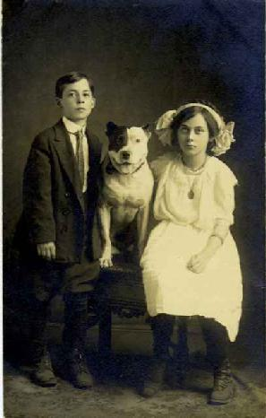 Teenagers and their family Pit sometime around the turn of the century